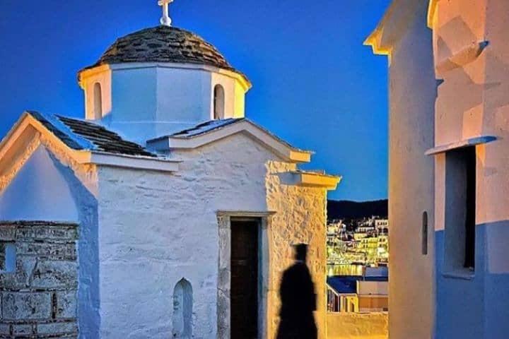 Iglesia Agios Ioannis. Foto: skopelos_island