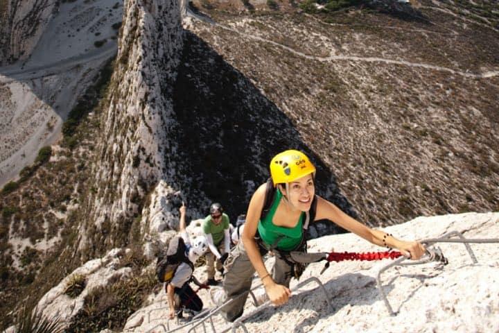 La aventura en el Parque La Huasteca tu seguridad es una prioridad. Foto: Archivo
