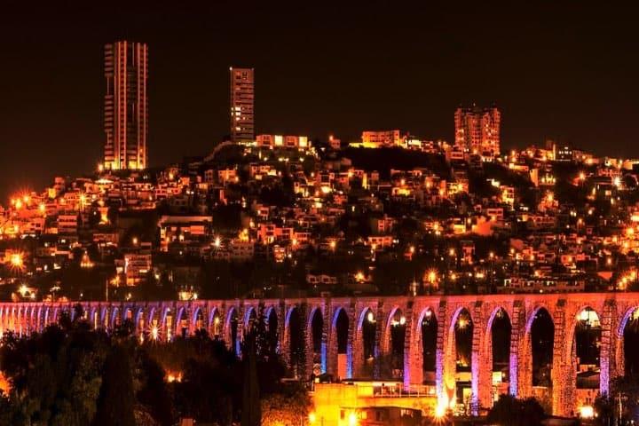 La noche de Querétaro. Foto: Char Lee