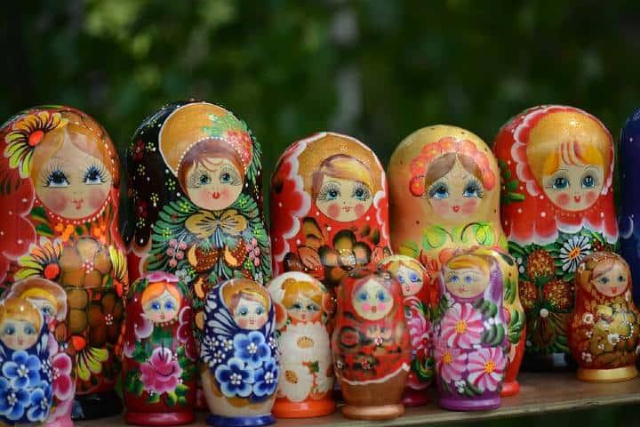 Muñecas coloridas Foto: Archivo