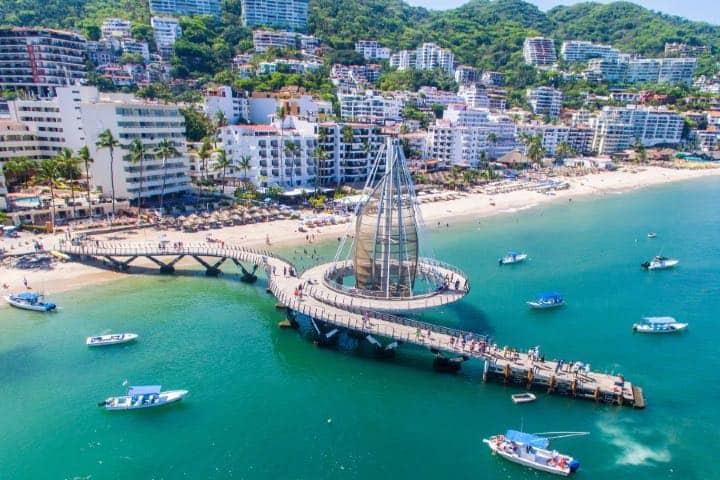 Muelle de Puerto Vallarta, sede de unas de las mejores playas gay del mundo. Foto: Visita Puerto Vallarta