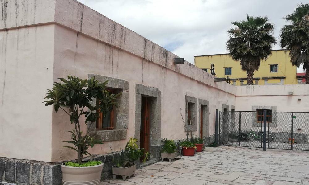PORTADA - Casa Manzanares 25 - Foto Luis Juàrez J.