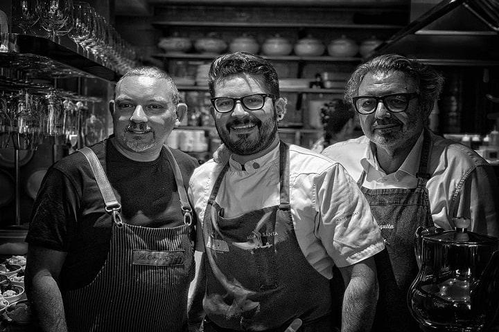 La gran leyenda de Albert Adrià junto al gran chef Paco Méndez. Foto: Hoja Santa