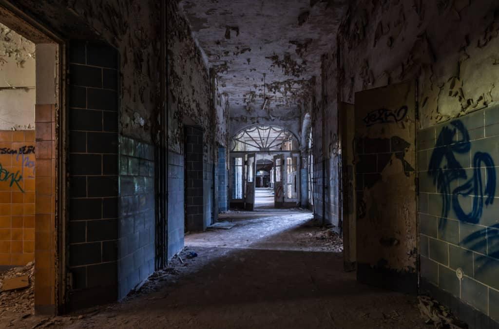 No cabe duda que Beelitz-Heilstäten es un sitio de miedo... Foto: Ies Johnstone