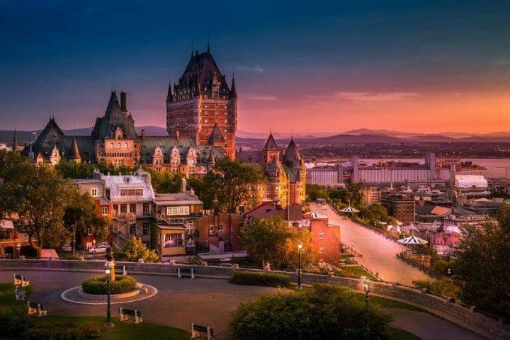 Quebec-Foto_-Fairmont-Le-Castillo-Chateau-Frontenac