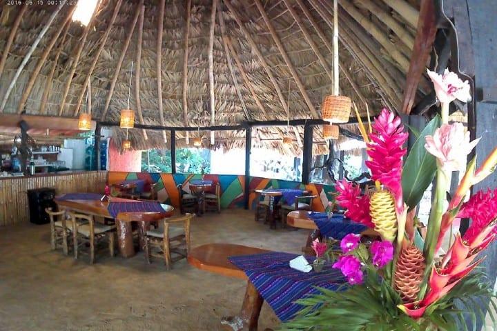 Restaurante_Cabañas Safari