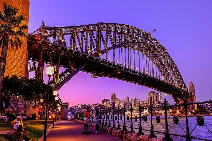 ¡Qué bonito se ve el Sydney Harbour Bridge en un atardecer! Foto: Jesslyn Joncom