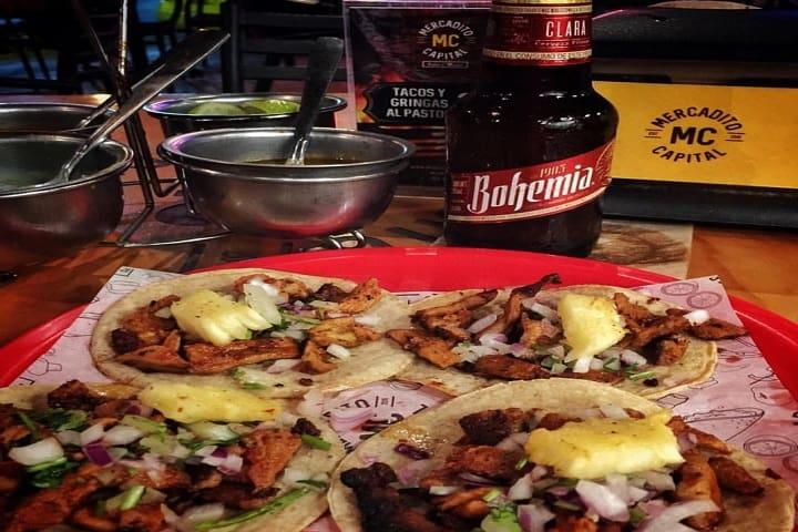 Tacos con cerveza, ¡Una gran combinación! Foto: Archivo