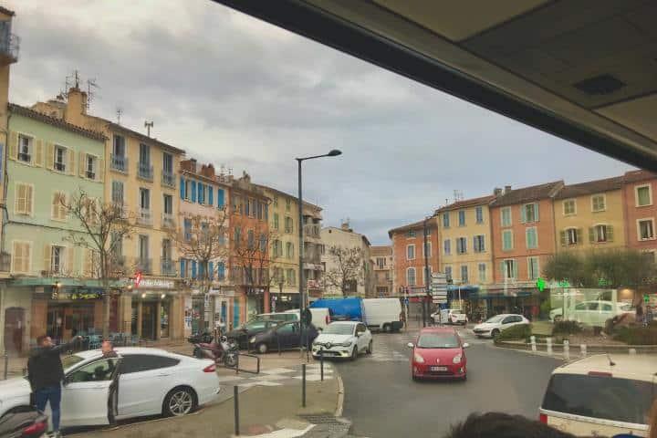 Calles de Tolón en Francia Foto: Ximena Martínez