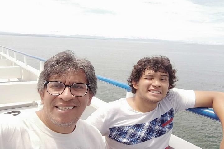 Viaje en Ferry  Foto: Jorge Peralta