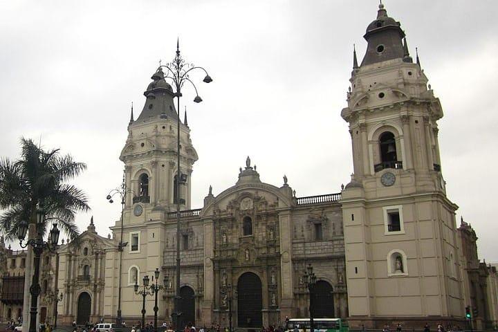 Video Qué hacer en Lima, Perú. Catedral Lima, Perú. Imagen. Carlos.martinez1309