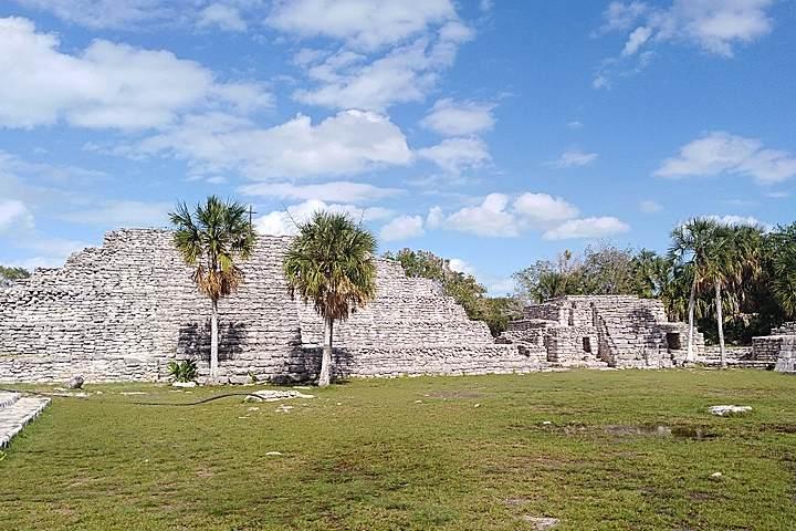 Zona-arqueologica-maya-Xcambo-lo-primero-de-la-cultura-Maya.-Yucatan.-Imagen.-Agomesq-10
