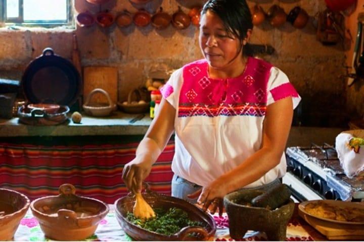 Comida hecha a mano en Las Monjas Foto: Pueblos mágicos de México