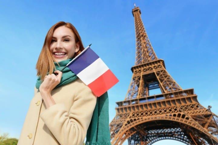Toma nota si viajas a Francia, un perfume será el souvenir perfecto. Foto: Euroresidentes