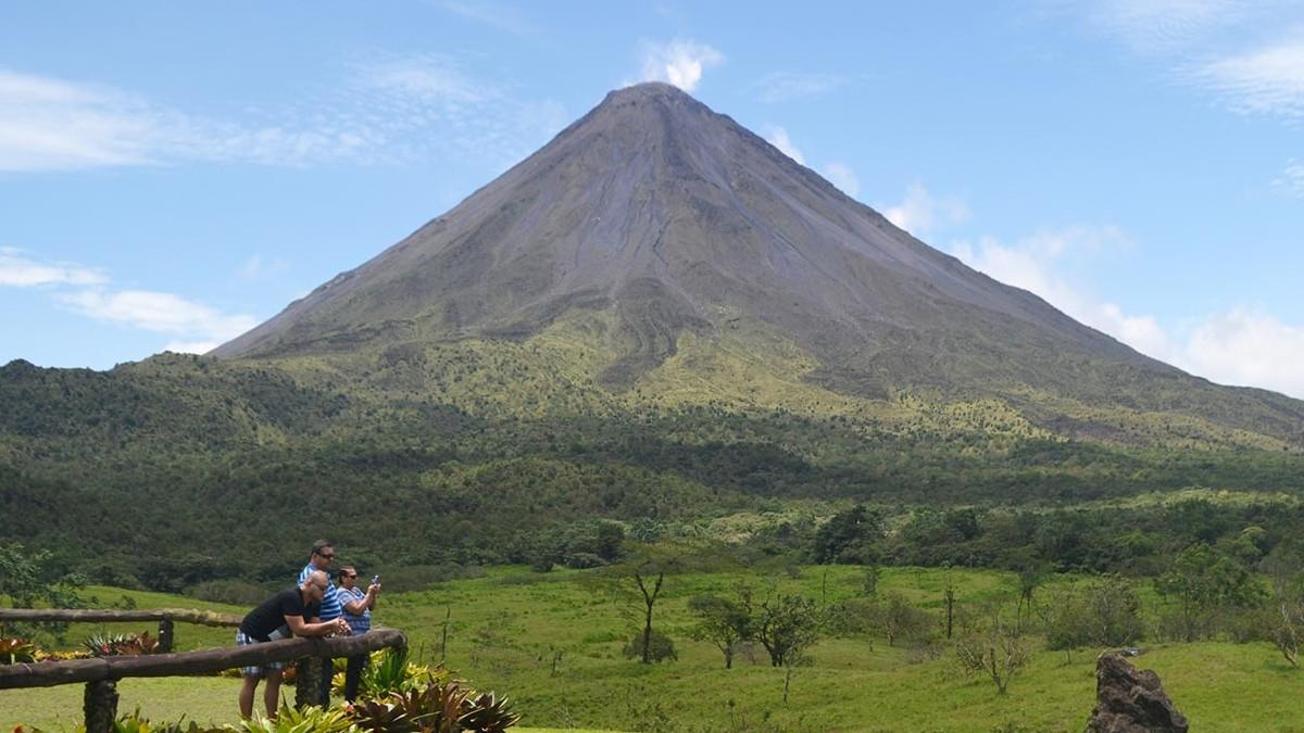 volcan arenal mirador foto google (1)