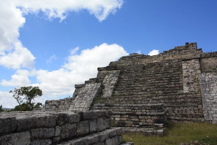 Acrópolis en la Zona Arqueológica Chinkultic. Foto: David Cabrera