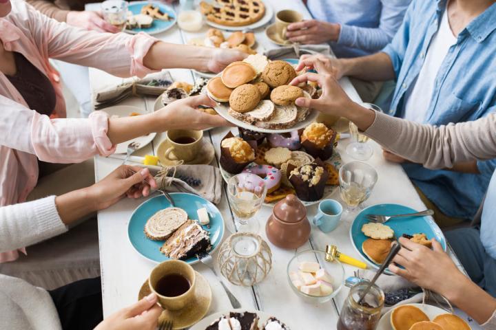 Amigos desayunando Foto_La achicoria