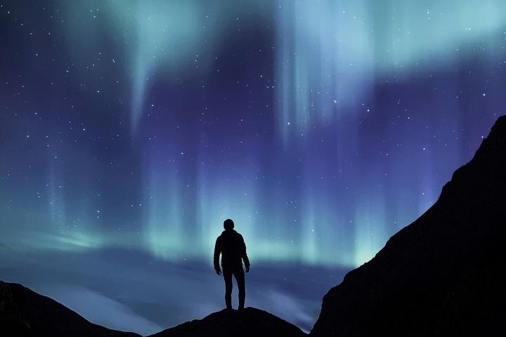 ¿Te gustaría apreciar auroras boreales en Cabo Norte, Noruega? Foto: Doble Llave