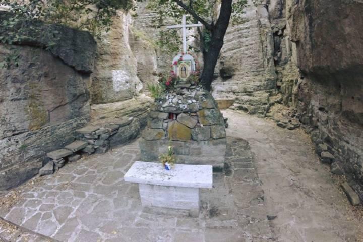 Conoce el Altar de piedra a la Virgen Guadalupe. Foto: San Pepes Adventure