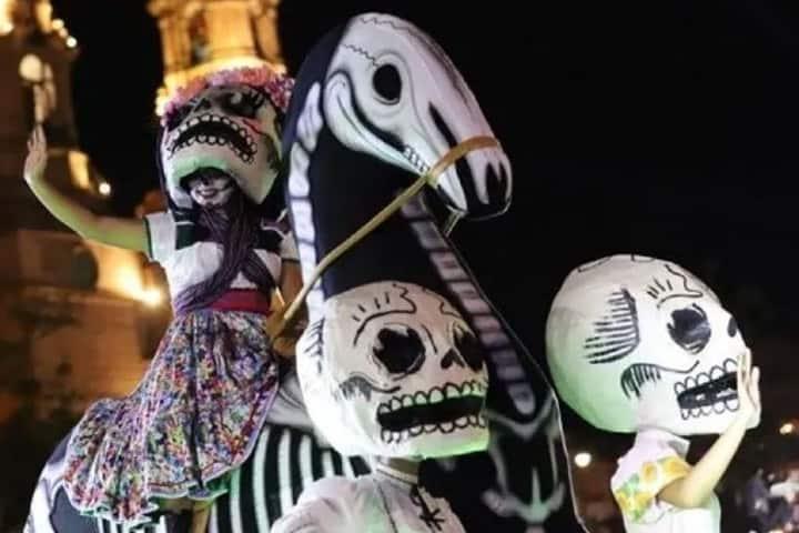 El Día de Muertos en Aguascalientes tendrá una celebración diferente en 2020. Foto: Periódico Correo
