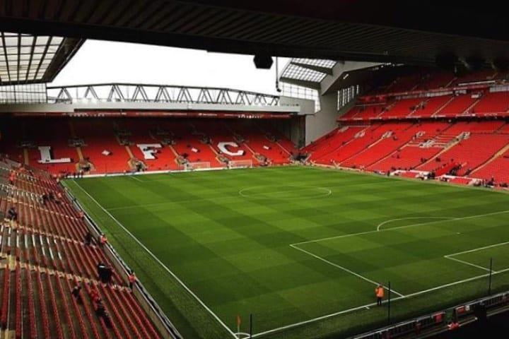 En éste estadio ¡Nunca caminarás solo! Foto: Liverpops