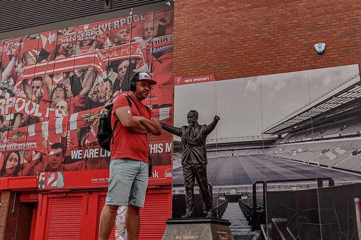 No olvides tomarte una foto en la entrada del Estadio Anfield. Foto: the.stadiums.addicts
