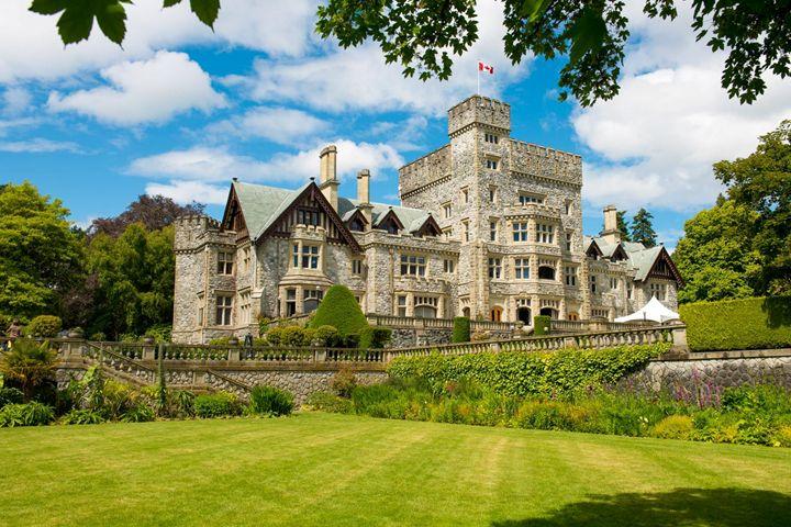 Foto Hatley Castle Fb.