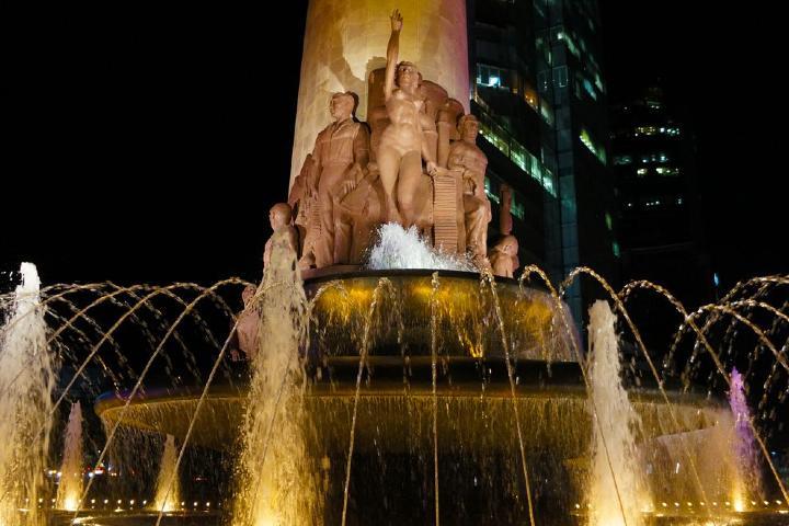 Fuente de petróleos, lugar donde vuelve a aparecer La Diana. Foto: Fuentes