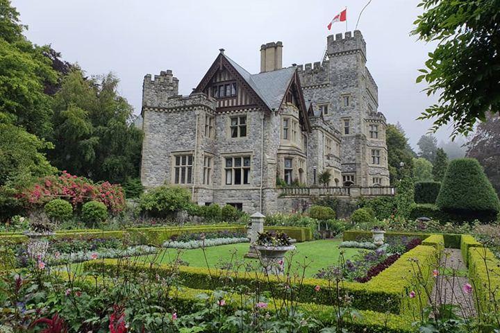 Hatley Castle Foto Steve Radford.