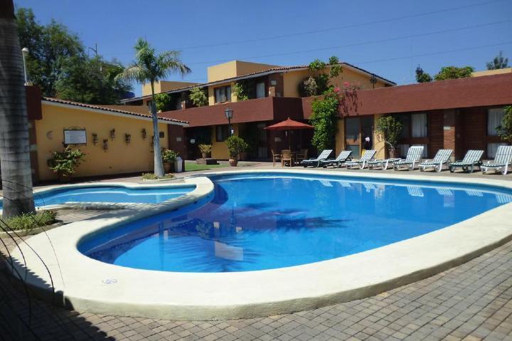 Pasa una tarde llena de diversión en la piscina de La Noria. Foto: booking