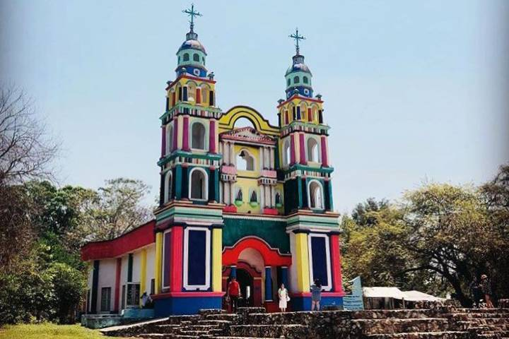 Iglesia de Tila, famosa por su variedad de colores. Foto: disfrutemosmexico