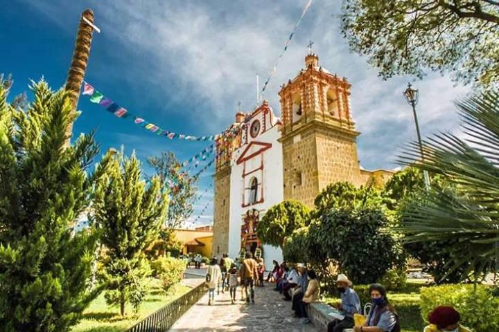 Iglesia principal de Tlacolula. Foto: mexicoendestinos