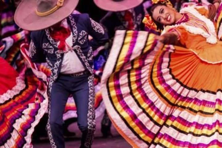 Bailables tipicos mexicanos Foto: chapala.ajijic