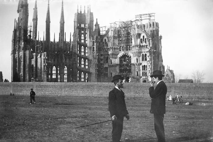 La Sagrada Família en año 1905 Foto: Baldomer Gili Roig