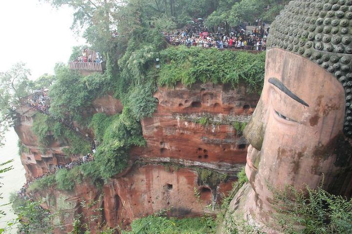 Prevé este tipo de contratiempos para que visites el Leshan Giant Buddha. Foto: Seba Della y Sole Bossio