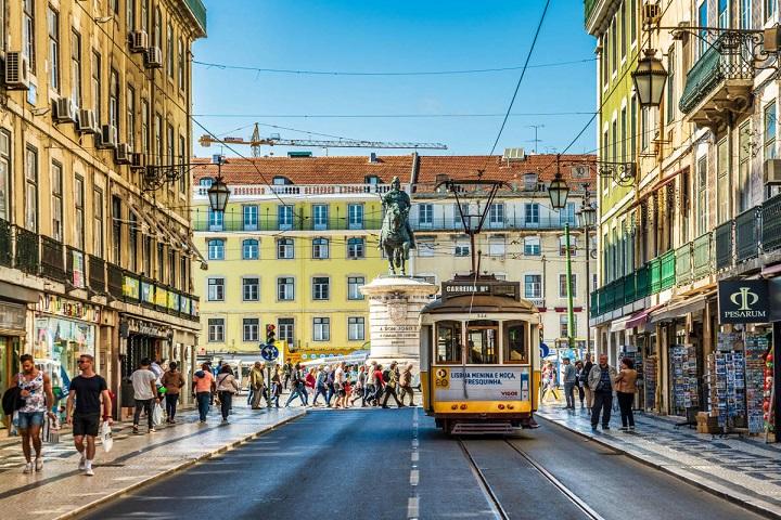 Lisboa tiene muchos atractivos turísticos que te esperan para asombrarte. Foto: Alimente