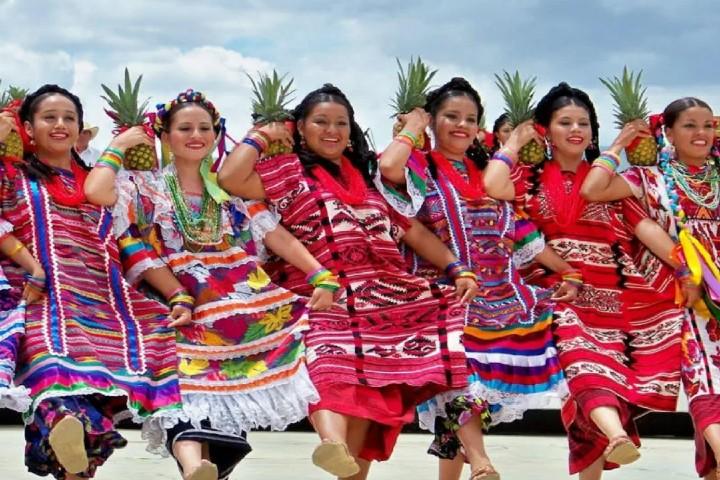 Los hermosos trajes de Tuxtepec Foto_ Cultura colectiva