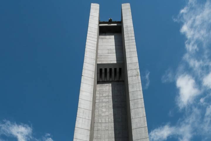 Monumento Buzludzha en Bulgaria