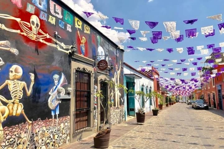 Paséate por las bellas calles de Oaxaca. Foto: Hotel Hacienda
