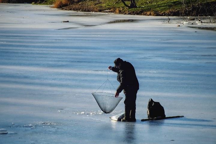En la cultura Sami se lleva a cabo la práctica de la pesca. Foto: Denis Agati