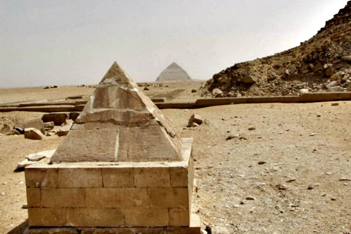 Pyramidion Foto: Ancient origins