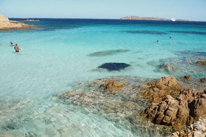 Playa-Esmeralda-Pinterest-1