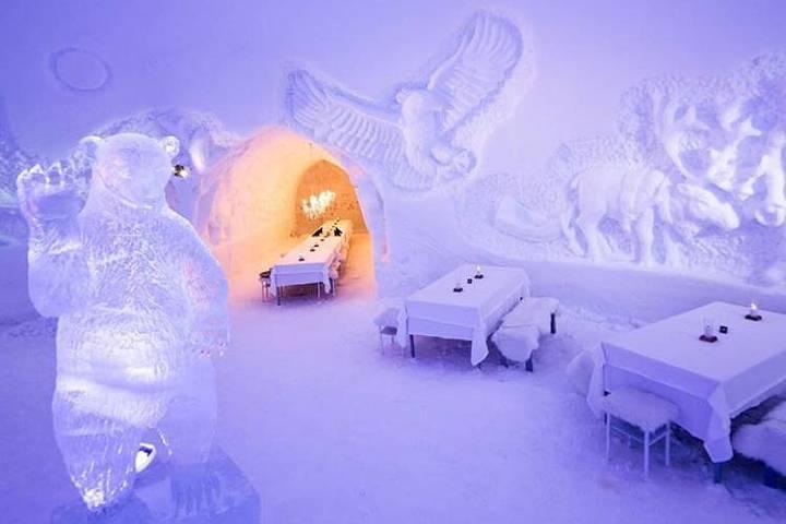 Restaurante de hielo en Snowman World. Foto snowmanworld