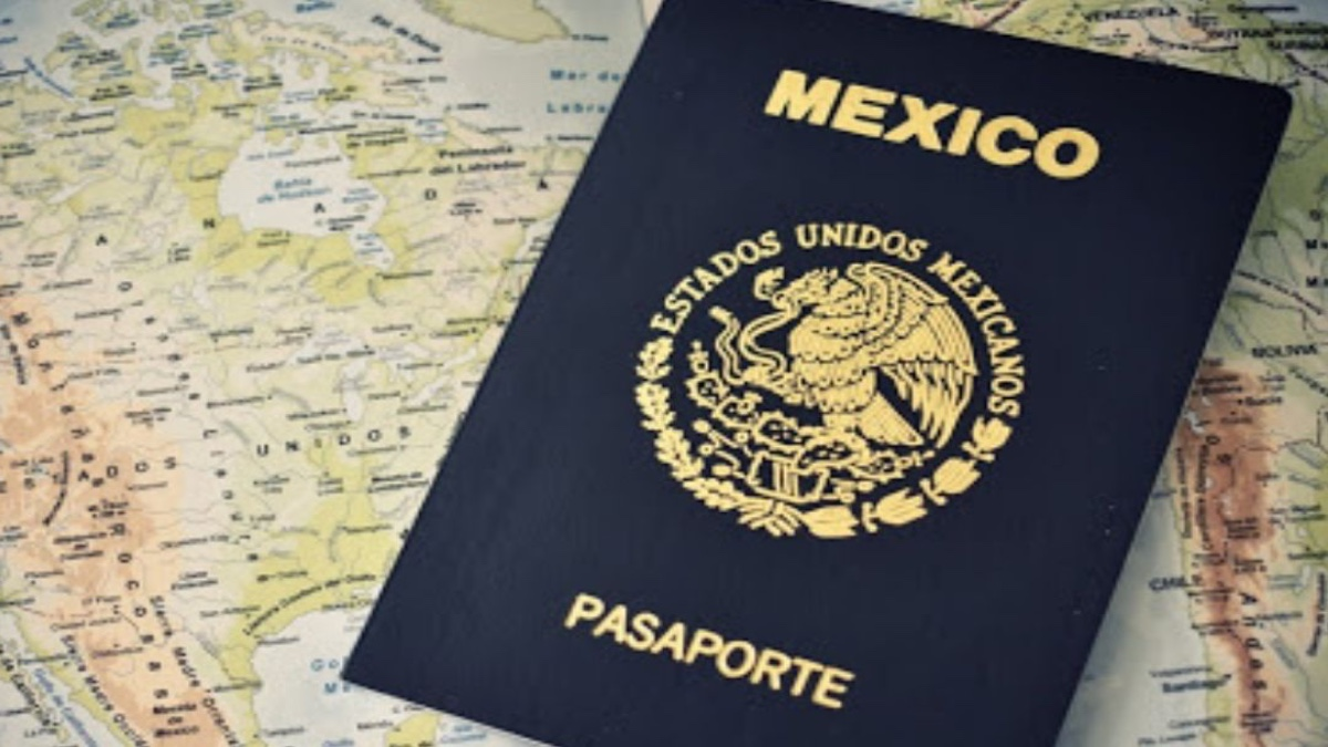 Tramita el pasaporte en el Aeropuerto Internacional de la Ciudad de México. Foto: Archicvo