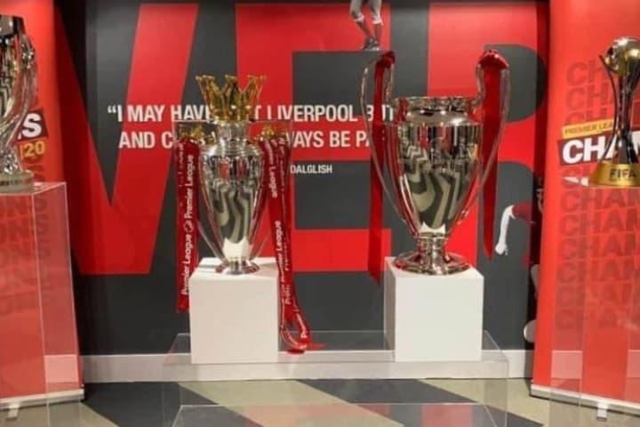 Trofeos del Liverpool que observarás en los tours. Foto: thomisumantri