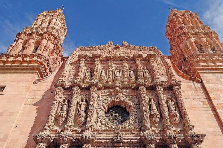 Las figuras de la Catedral Basílica de Zacatecas Foto: Conexión Migrante