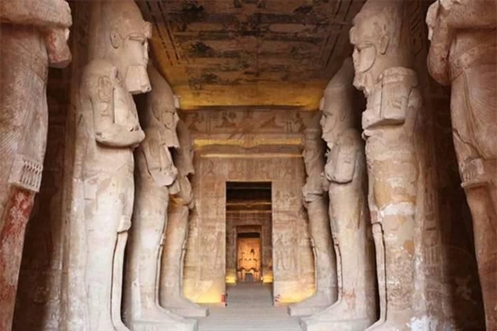 Vestíbulo del Templo de Ramses Foto: nueva tribuna