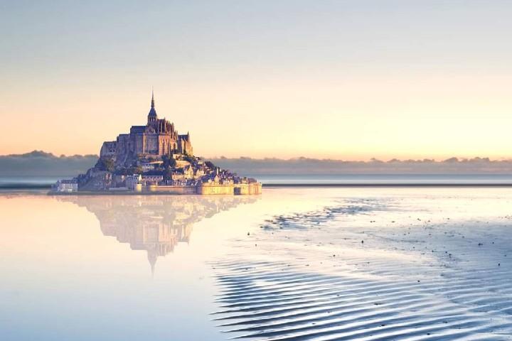 Cruza el océano para llegar esta bella Isla Foto: Mont Saint Michel