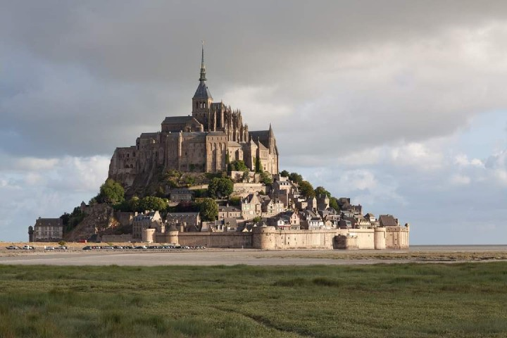 Vista desde la pradera Foto_ Mont Saint Michel