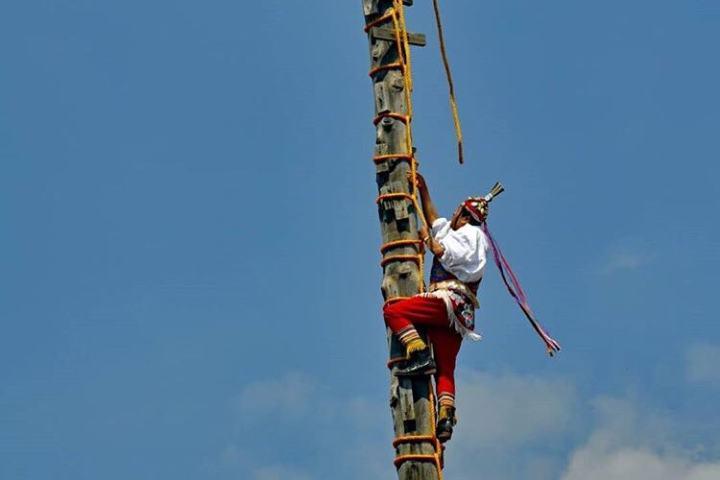 El ritual que realizan los voladores es un arte. Foto: marcos_pait